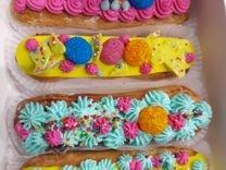 Торты в коробке, эклеры, пироги на заказ
