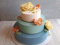 Современные торты и десерты на заказ и в наличии