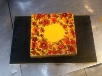 Праздничные торты под заказ на ваше усмотрение